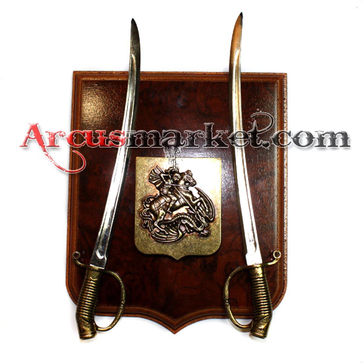 Панно с щитом и 2 сабли (21 см)