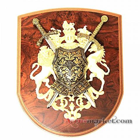 Панно со щитом и 2 меча