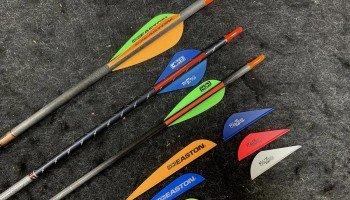 Вибір оперення стріли для блочного лука
